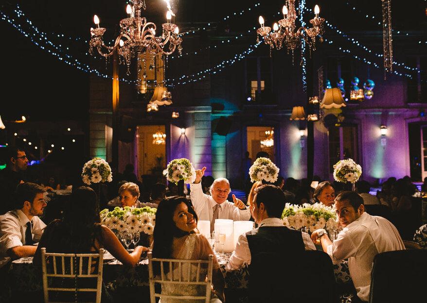 Disfruta del banquete de matrimonio gracias a Banquetes & flores - Adolfo Cartajena G