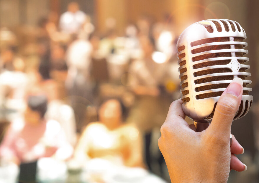 Música pop y rock en tu matrimonio: la playlist perfecta para no dejar de bailar. ¡Sube el volumen!